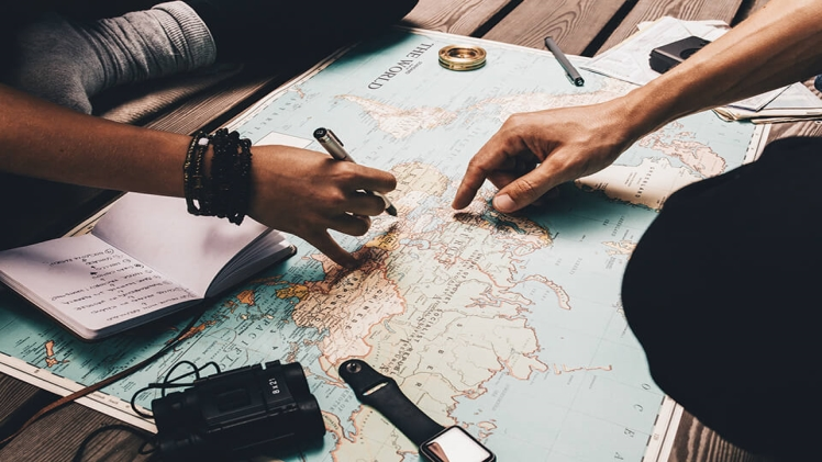 Things to Consider Before Moving Overseas in 2021